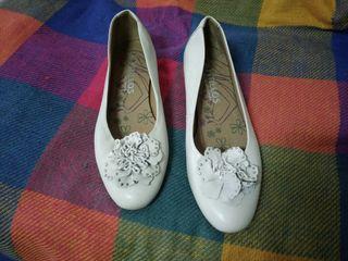 Zapato blanco cuña
