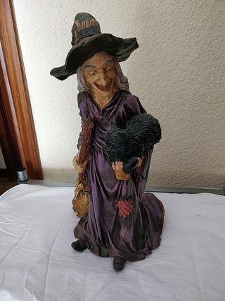 Figura de una Bruja