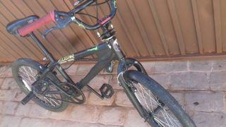 Bici BMX como nueva
