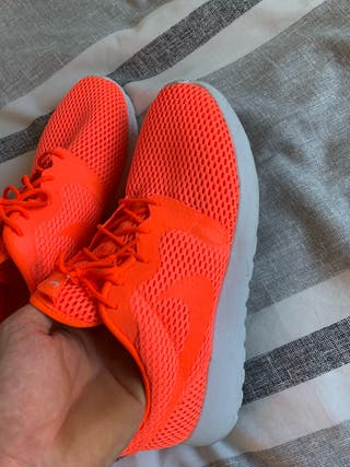Zapatillas Nike Roshe naranja talla 42