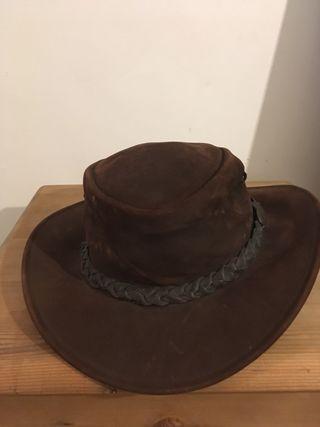 Gorro cowboy. Piel. Australiano.
