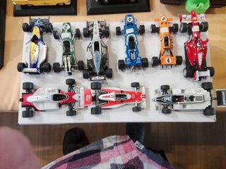 conjunto de 8 coches antiguos de carreras