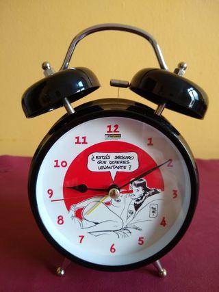 Reloj despertador con dibujo de Jordi Bernet
