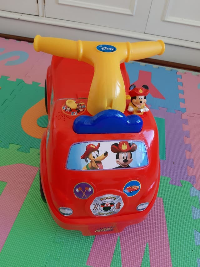 4183ccee6 Correpasillos Disney Mickey NUEVO de segunda mano por 10 € en ...