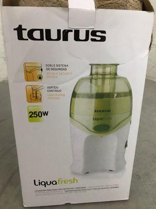 Licuadora taurus ( liquafresh)