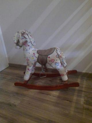 caballo de tela