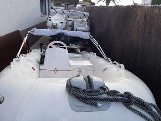 barco semirrigida