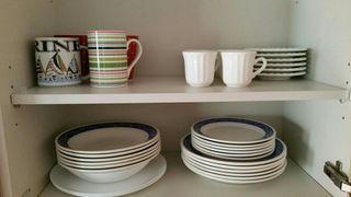 Vasos, tazas y platos