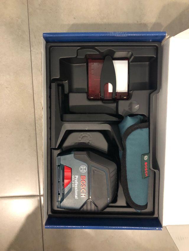 Nivel láser de puntos y líneas Bosch nuevo
