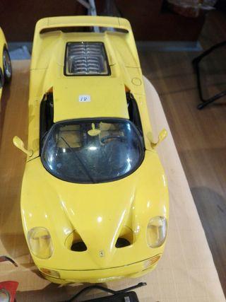 Ferrari escala 1/18