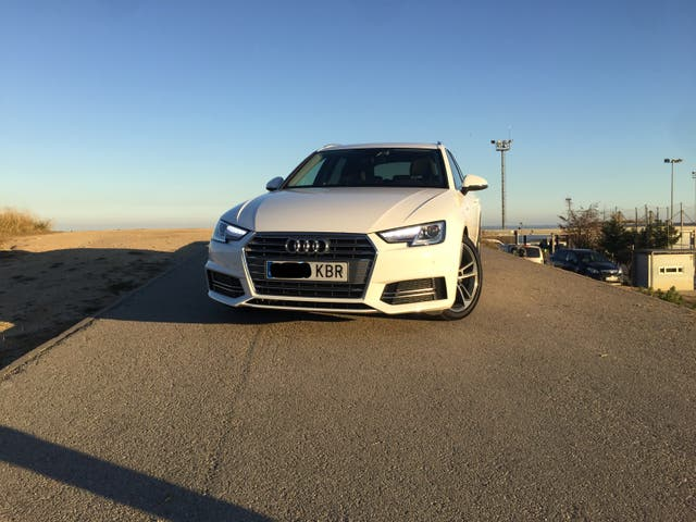 Audi A4 Avant Sline Stronic 2.0 tdi 150cv 2017