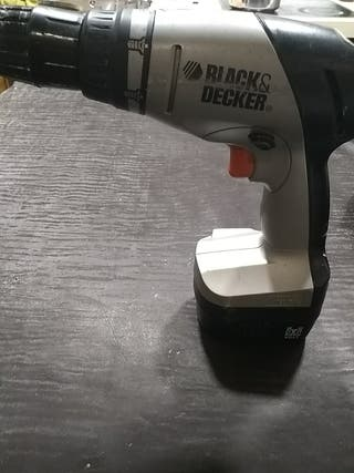 TALADRO BLACK&DECKER inalámbrico