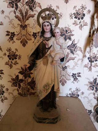 Figura religiosa antigua