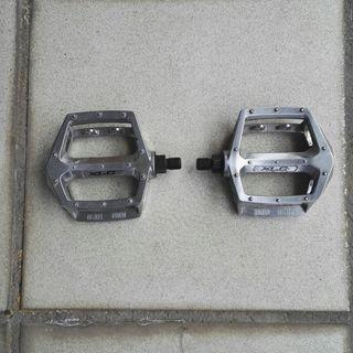 Pedales de BMX XLC