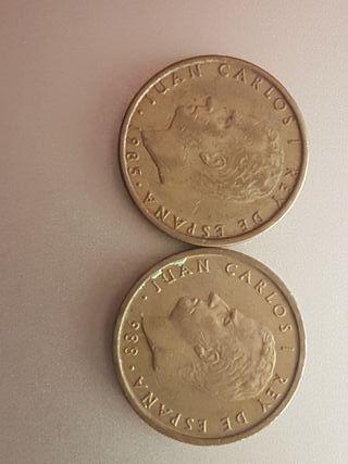 dos monedas de 100 pesetas españa