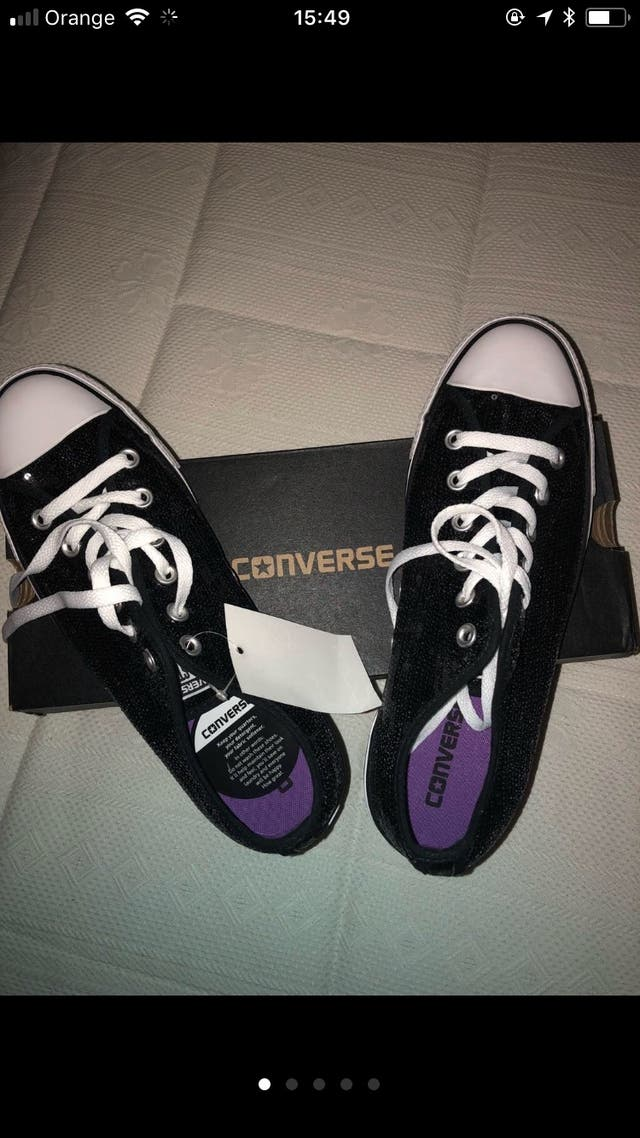 Zapatillas CONVERSE nuevas negras con lentejuelas!
