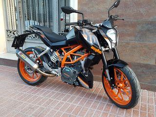 KTM DUKE 390 AKRAPOVIC