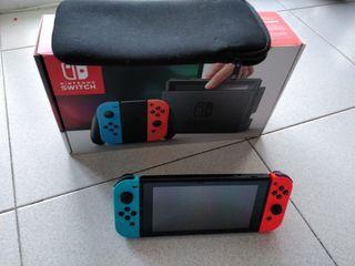Nintendo Switch con colección de juegos