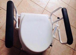 Alza de water / WC