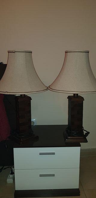 2 lamparas madera