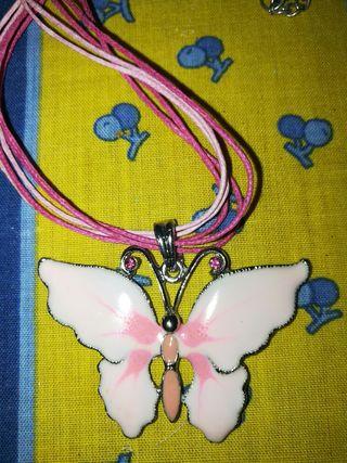 colgante de mariposa