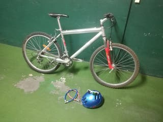 61fa568718 Casco bicicleta con gafas de segunda mano en la provincia de Madrid ...