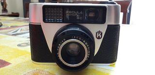 cámara fotos antigua, con funda.