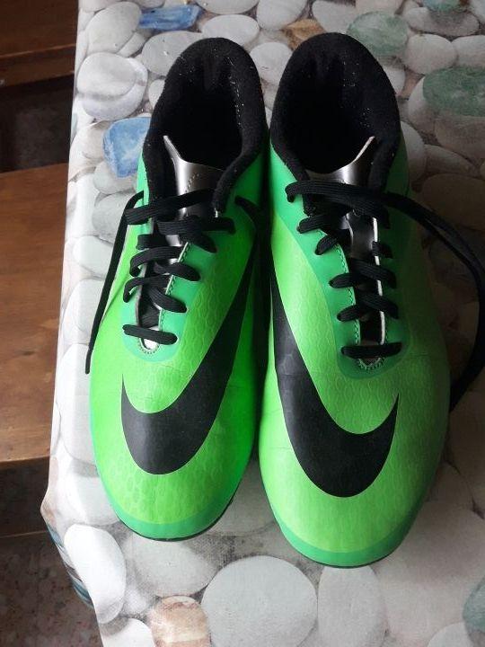 botas de fútbol - España - Botas de fútbol nike número 42. prácticamente  nuevas - 4152946c30881
