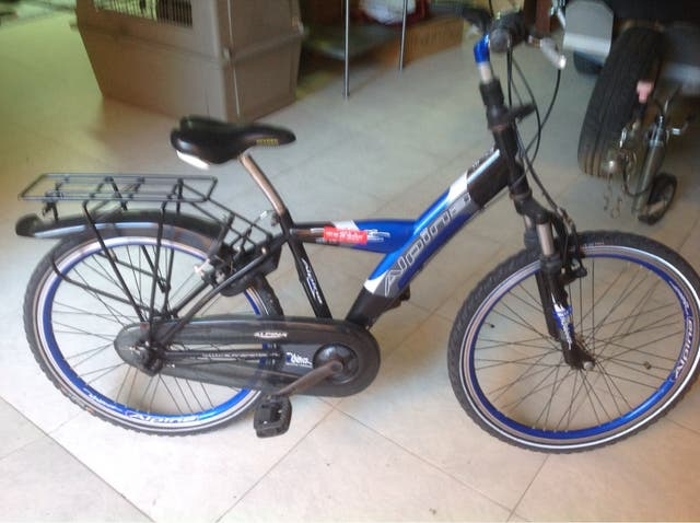 Bicicleta con freno trasero a contra pedal