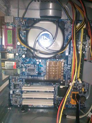 placa base gigabyte socket 775