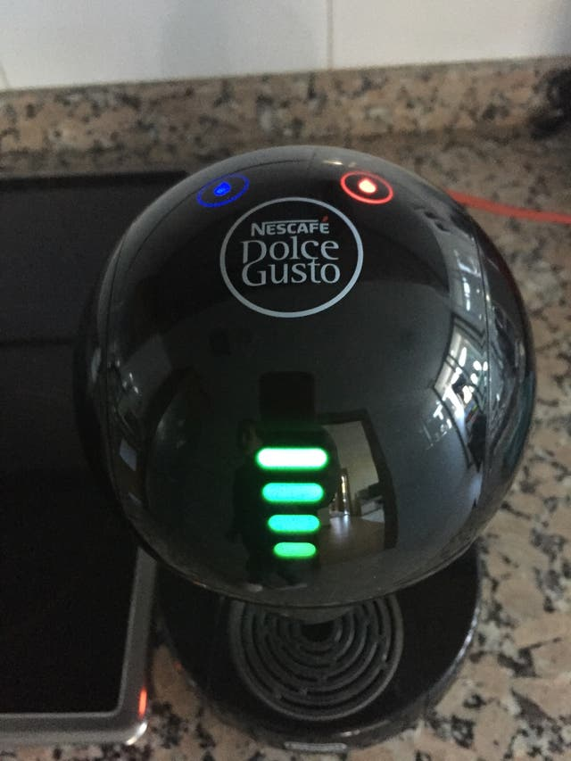 Cafetera Dolce Gusto Delonghi