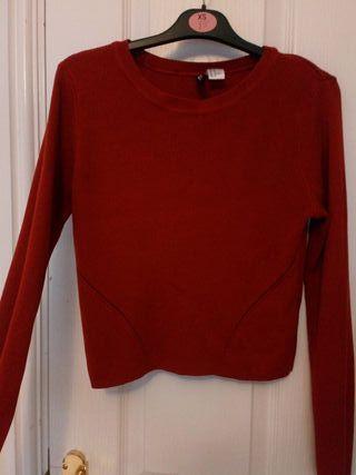 Red/orange jumper