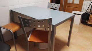 Mesa de cocina extensible (6/7 personas)