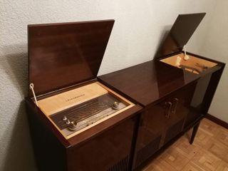 Mueble tocadiscos