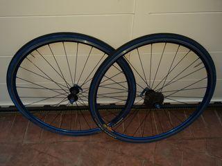 ruedas bicicleta carretera