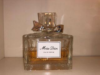 Pefume Miss Dior