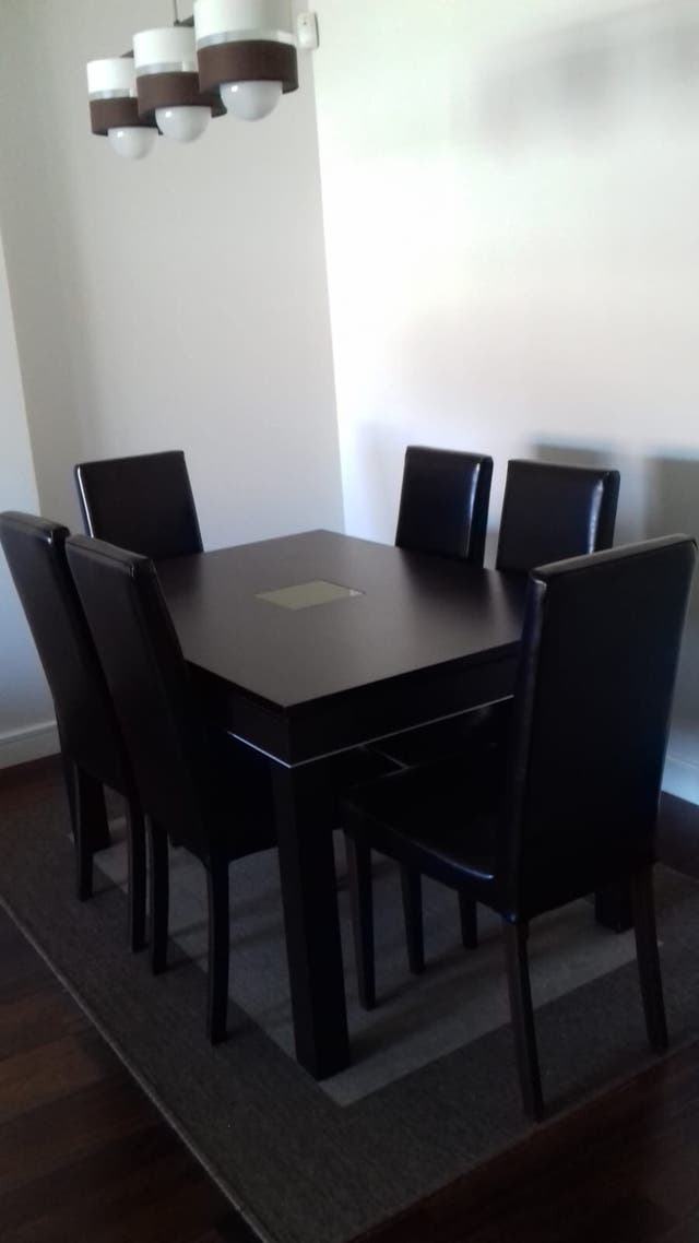 Mesa de comedor Color Wengue de segunda mano por 350 € en Molino de ...