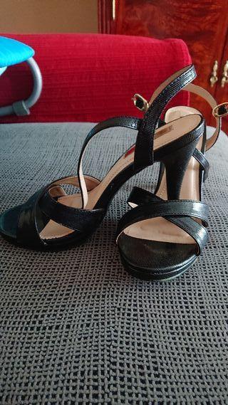 Zapatos de fiesta con plataforma de segunda mano en Móstoles en WALLAPOP a27e525874ca