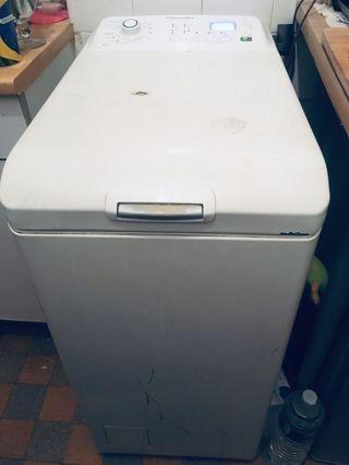 Machine a laver Electroluc TBE 50€