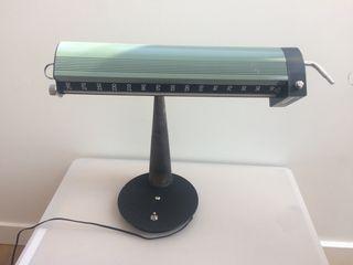 Lámpara de mesa creación original