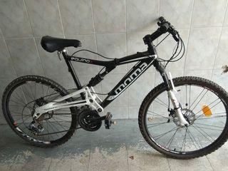 Bicicleta MoMA equinox