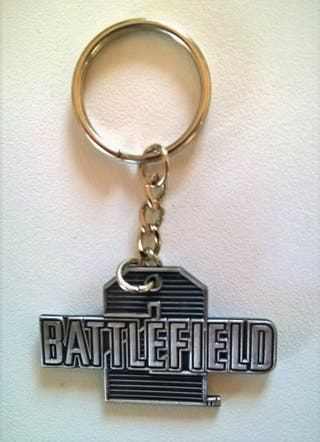 LLavero Battelfield 2 metal