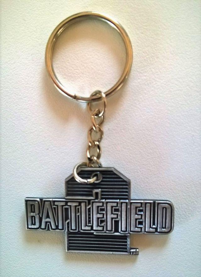LLavero Battelfield 2 metal