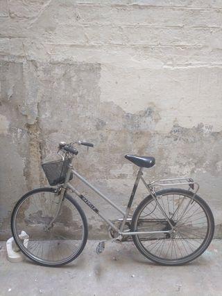Bicicleta Gazelle mujer