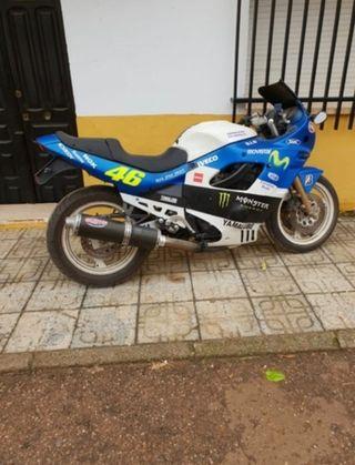 Moto zuzuki gsx 600