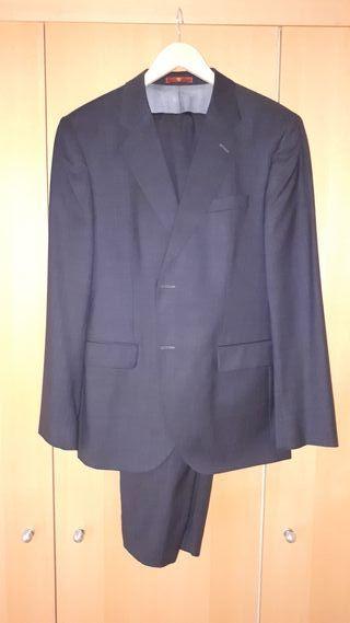 traje hombre marca CARAMELO talla americana 54