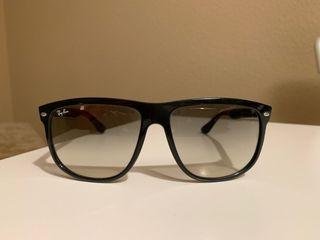d2ed1b4fea Gafas original polarized. Ray ban ,hombre · Gafas de sol Ray-Ban RB4147  negras