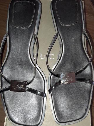 sandalias tipo Gucci. 40