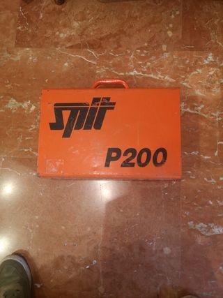 Split P200