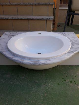 encimera de mármol y lavabo